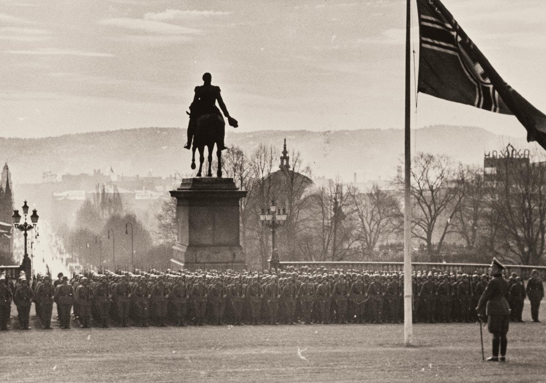 Slottsplassen 1942